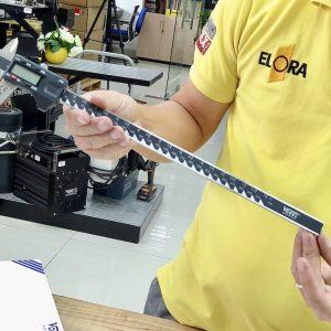 Thước cặp điện tử 30cm Vogel 202132