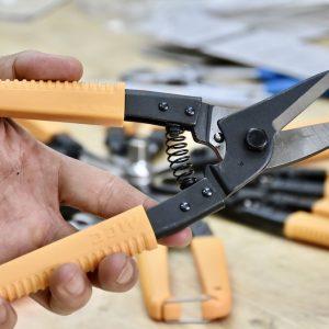 Kéo cắt tôn dày tới 0.8mm đa năng. MCC Japan.
