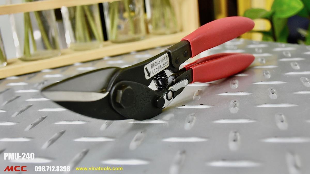 Kéo cắt tôn 9 inch, dài 240mm sản xuất tại Nhật Bản