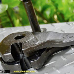 Xếp chồng 2 mảnh của lưỡi kìm cộng cộng lực cắt sắt xây dựng