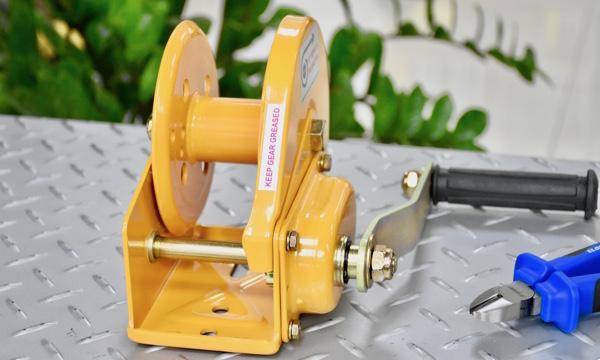 BHW-0800- tời tay 360kg 1 tay quay.
