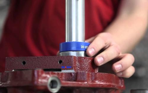 bộ đóng bạc đạn impact 33, 39 cho các ổ bi trong. BETEX Holland