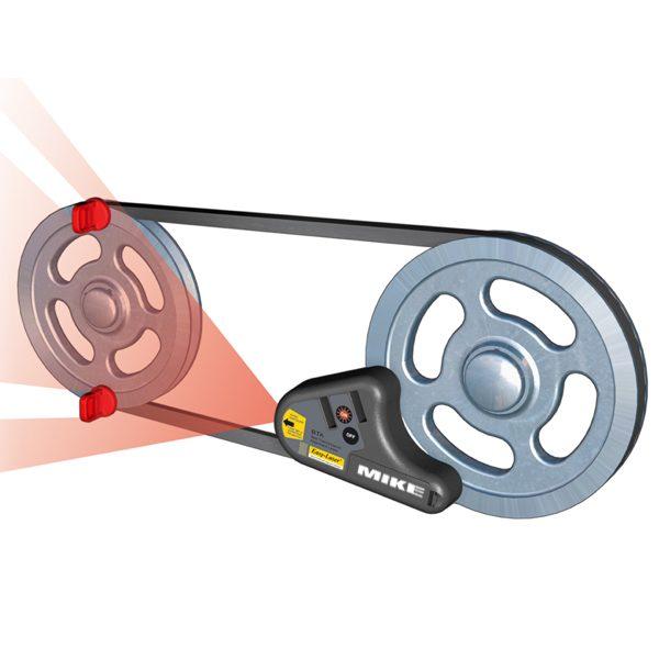 Cảm biến phát chùm laser hướng về puli để cân chỉnh