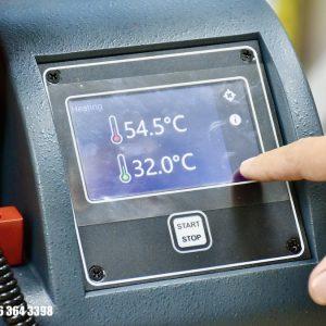 nhiệt độ trong và ngoài 2 kênh máy SLF302