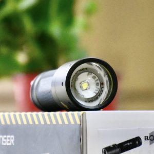 Đèn pin siêu sáng 220 lux, Elora Germany