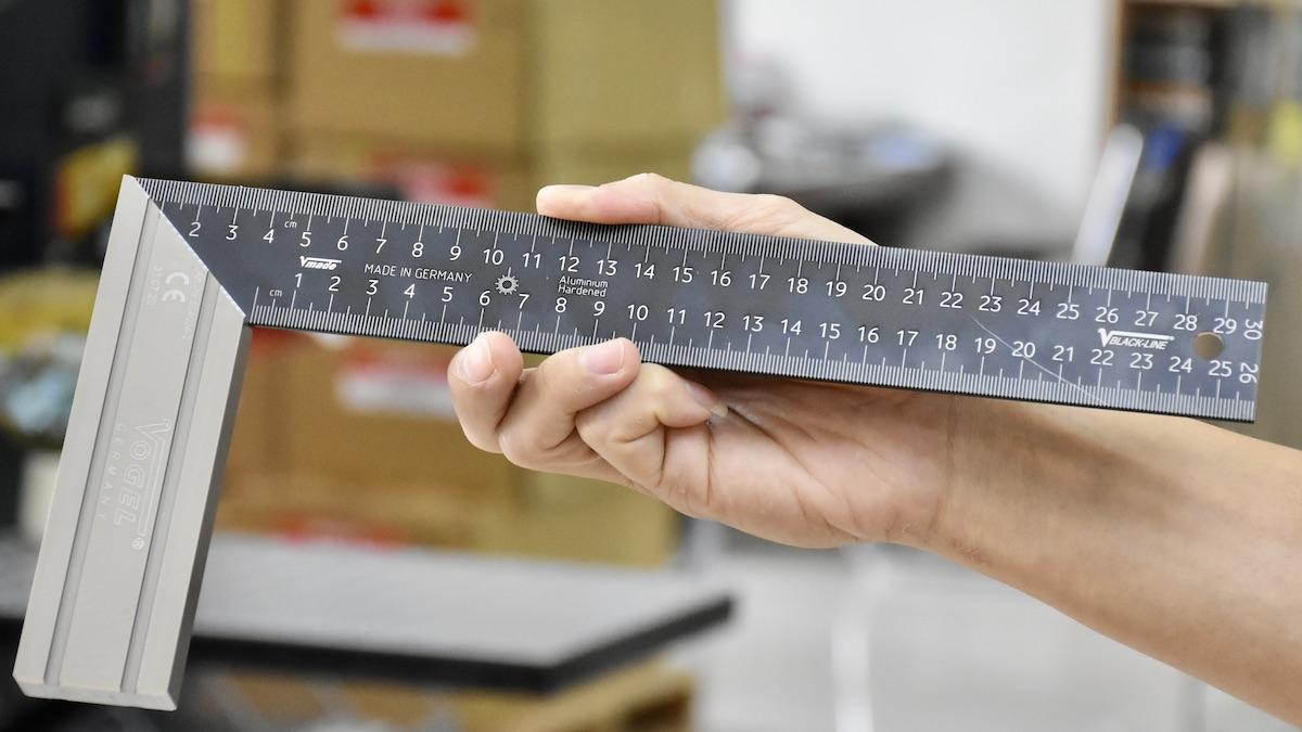 Thước eke thợ mộc bằng nhôm phủ oxit Anodized Aluminum siêu cứng