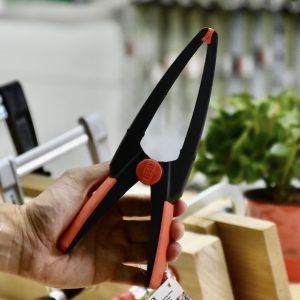 Kẹp mỏ dài bằng nhựa chuyện dụng cho ngành gỗ