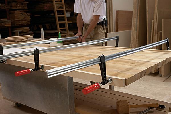 TGK Heavy duty screw clamp with wooden handle 3