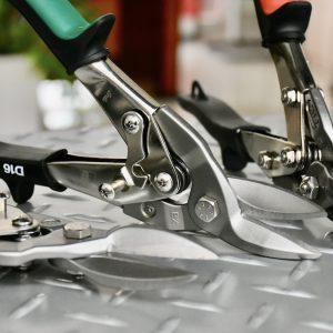 DSET16 kéo cắt tôn, thép tấm tới độ dày 1,2mm. BESSEY