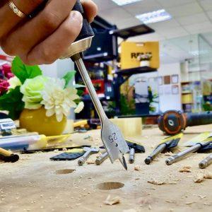 Mũi khoan gỗ đuôi cá, dùng cho máy khoan cầm tay
