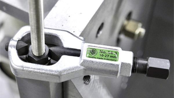 Bước 1 chọn đầu cắt phù hợp K-54-B. Kukko - Made in Germany